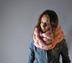 Ohhio - Super chunky chain scarf. 19 microns merino wool 001