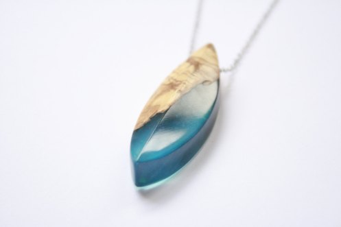 BoldB - ong leaf shaped pendant : necklace handmade from Australian wood and turquoise blue resin. Made in Australia