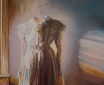 Emma Hesse - Strickland, Close