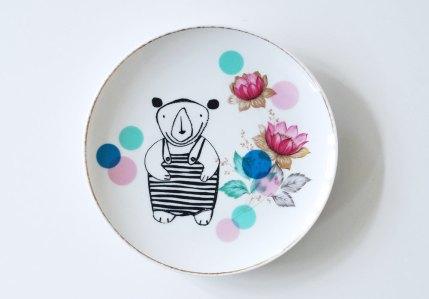 Ninainvorm - Little bear in a bathing suit screenprinted small vintage plate