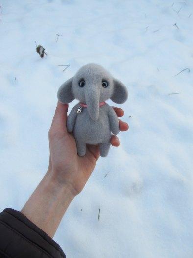 Jellyfish Handmade - Felted Elephant