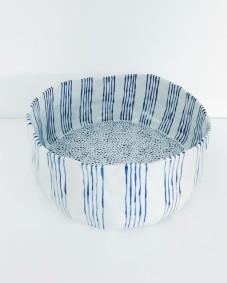 Still life photo of a bowl.